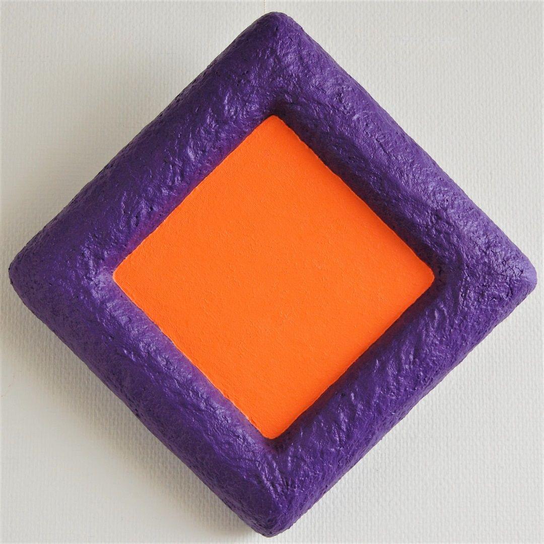 79b-kunst-minimalisme-schilderij-paars-oranje-33x33cm-395euro-henkbroeke.jpg