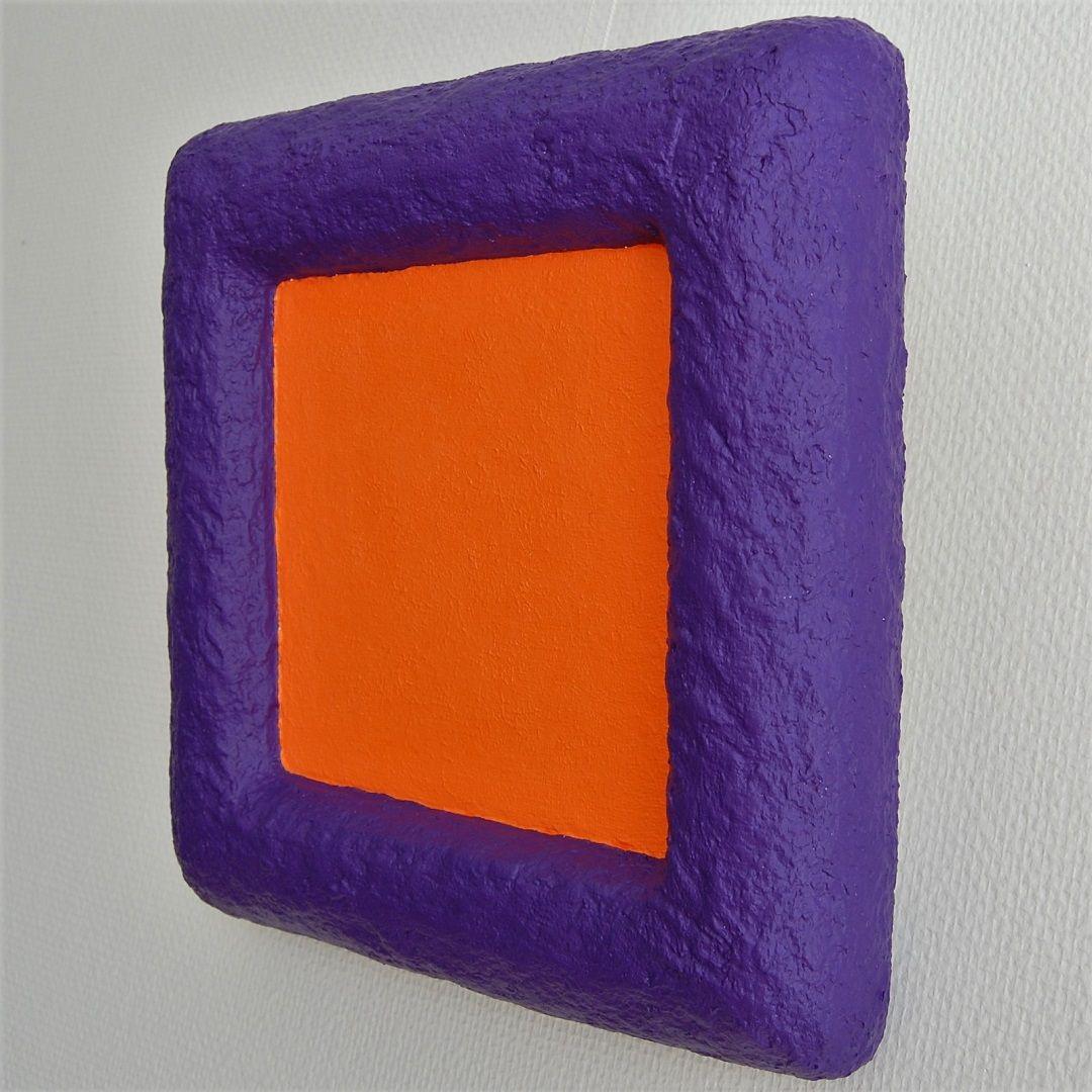 79c-kunst-minimalisme-schilderij-paars-oranje-33x33cm-395euro-henkbroeke.jpg