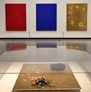 kunst-minimalisme-expositie schilderijen-yves klein-7.jpg