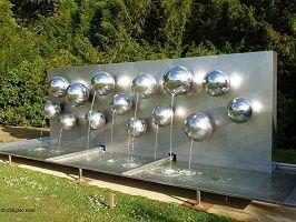 kunst-minimalisme-zilveren fontein 1-pol bury-5.jpg
