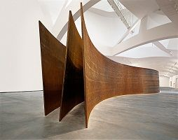 kunst-minimalisme-corten staal object van richard serra-2.jpg